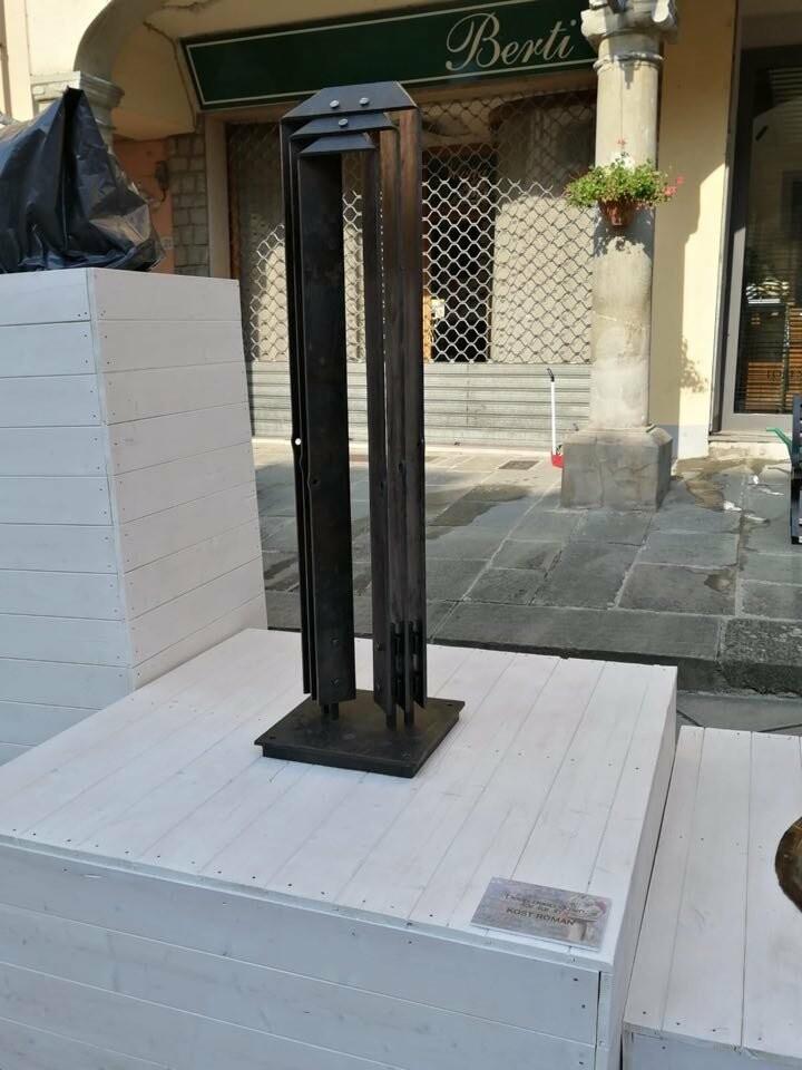 Кузнец из Таганрога получил две награды на European Biennial of Blacksmithing Art в Италии, фото-1
