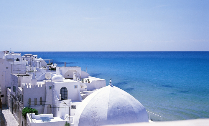 Отель и море в Тунисе